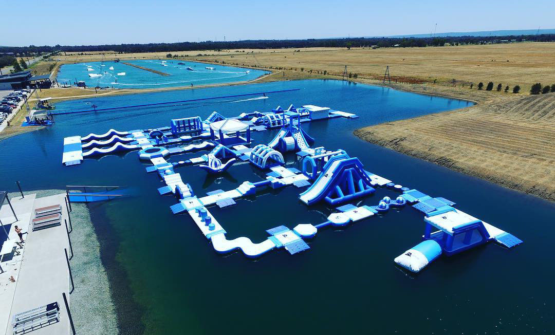 Perth Lake Commercial Inflatable Water Park / Customized Huge Floating Water Playground
