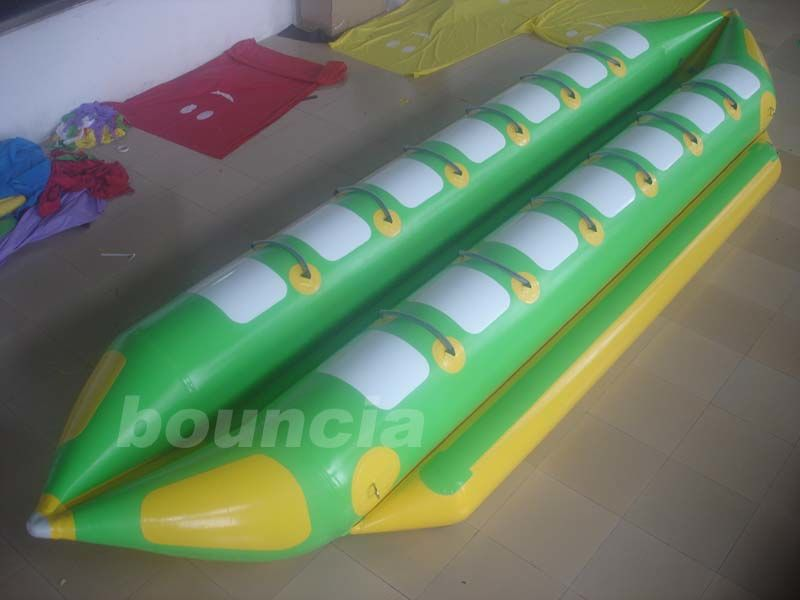 Double Lanes Inflatable Banana Boat With Reinforced Strips For Adult